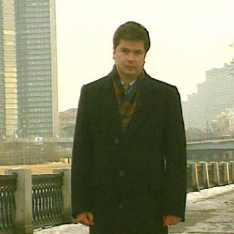 Артем Боровик