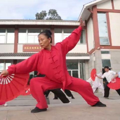 Китай: Все оттенки красного